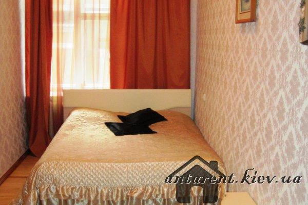 Двухкомнатная квартира по ул. Михайловская 24-В, 600 UAH
